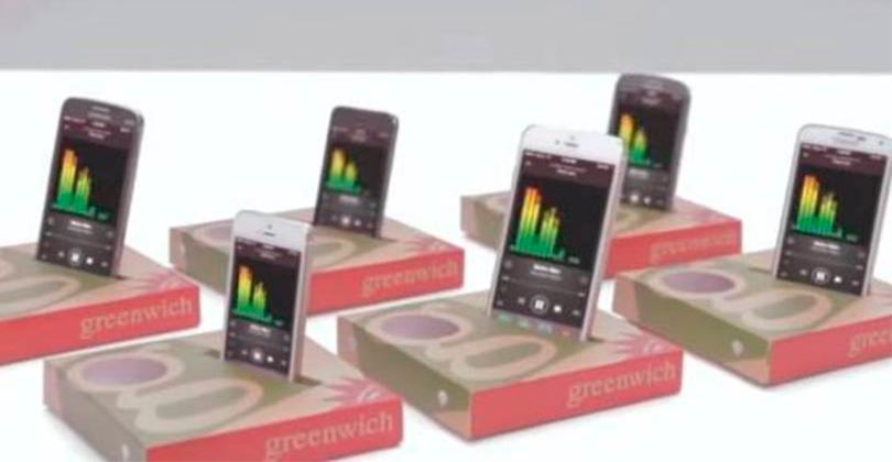 Restaurante transforma caixa de pizza em amplificador de som
