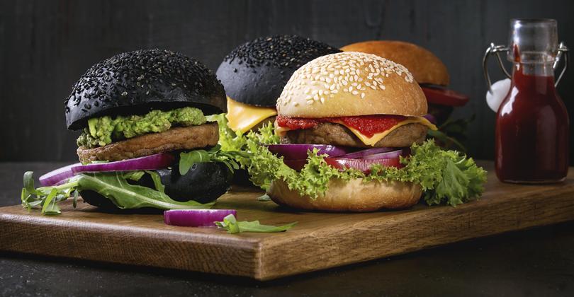 Variedade de hamburgúeres e pratos é essencial para um cardápio que vende